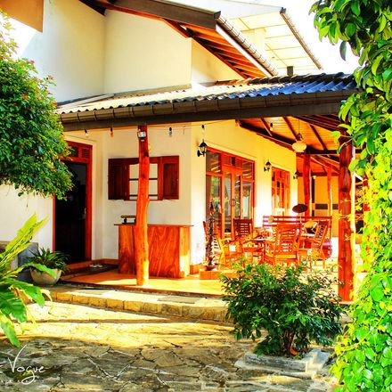 Rent this 5 bed house on Katugasthota-Halloluwa-Peradeniya Secondary Road in Halloluwa 20032, Sri Lanka