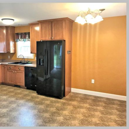 Rent this 3 bed condo on 1 Dodge Road in Plymouth, NH 03264