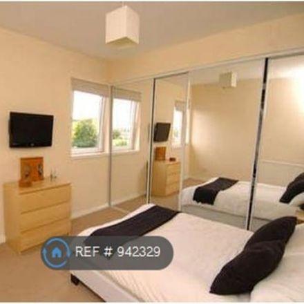 Rent this 3 bed apartment on Craigdhu Road in Milngavie G62 7PU, United Kingdom