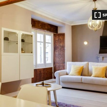 Rent this 3 bed apartment on Avinguda de Roma in 139, 08011 Barcelona