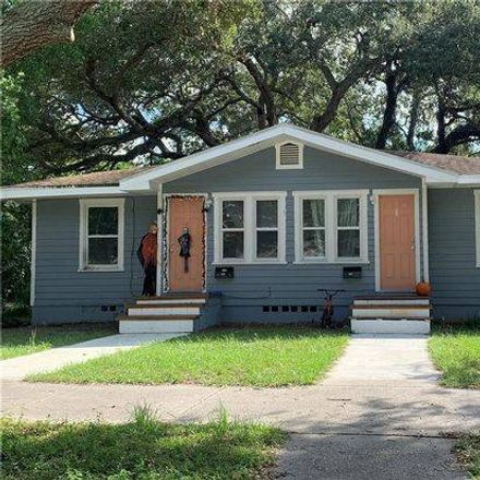 Rent this 1 bed room on 530 13th Avenue South in Saint Petersburg, FL 33701