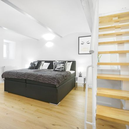Rent this 4 bed apartment on Berlin in Charlottenburg, BERLIN