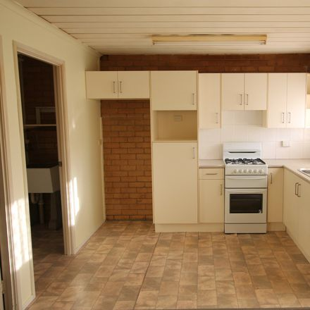 Rent this 1 bed house on 1/93 Milne Street