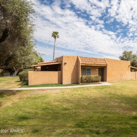 Rent this 2 bed townhouse on 733 East Cochise Drive in Phoenix, AZ 85020