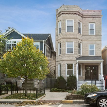 Rent this 3 bed condo on 2227 West School Street in Chicago, IL 60618