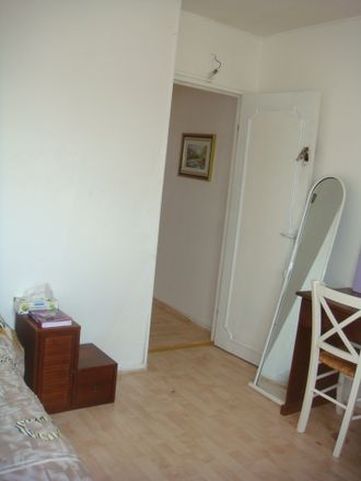 Rent this 4 bed room on 1 Rue Camille Dartois in 94000 Créteil, France