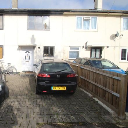 Rent this 5 bed house on Churchill Hospital in Churchill Drive, Oxford OX3 7ND