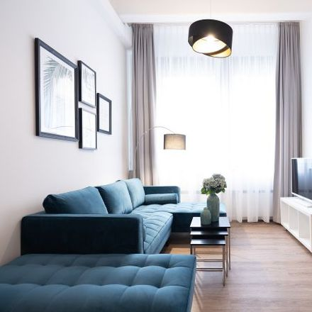 Rent this 1 bed apartment on Fritz-Erler-Straße 32 in 81737 Munich, Germany
