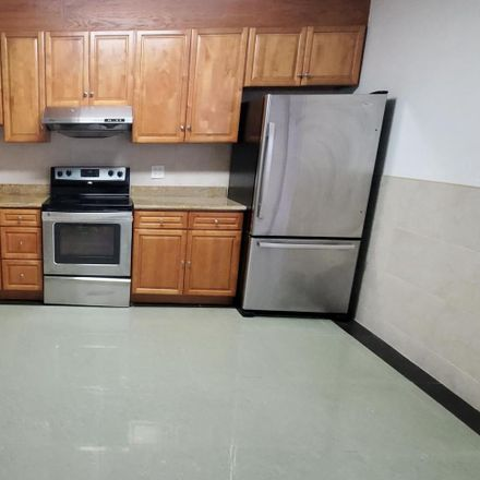 Rent this 4 bed townhouse on 1231 Christian Street in Philadelphia, PA 19147