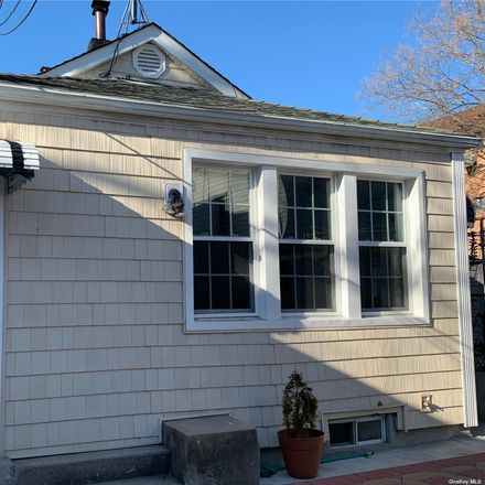 Rent this 1 bed house on 24th Ave in East Elmhurst, NY