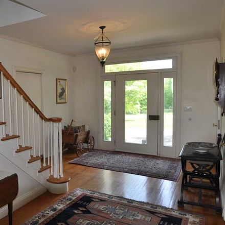 Rent this 4 bed house on Sunset Hill Rd in Pleasant Valley, NY