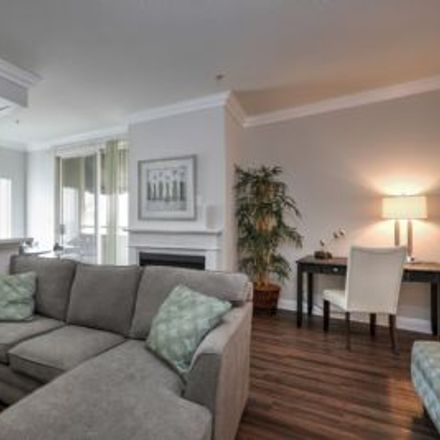 Rent this 2 bed apartment on 10981 Wellworth Avenue in Los Angeles, CA 90024