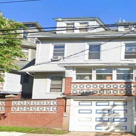 Rent this 5 bed house on 27 Townsend Avenue in New York, NY 10304