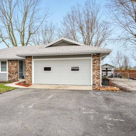 Rent this 3 bed house on 5305 South State Highway FF in Battlefield, MO 65619