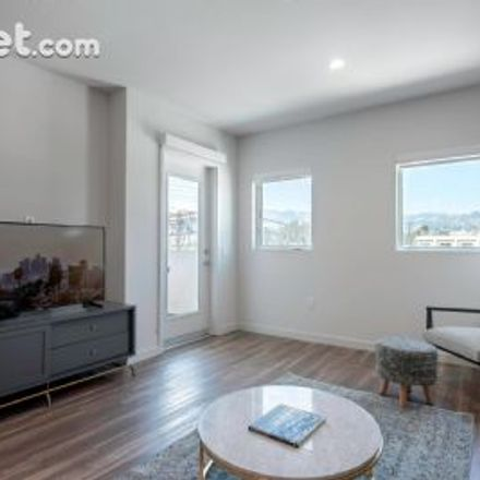 Rent this 1 bed apartment on 653 North Fairfax Avenue in Los Angeles, CA 90036