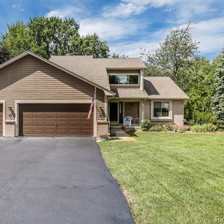 Rent this 3 bed house on 501 Alexander Drive in Commerce Township, MI 48390
