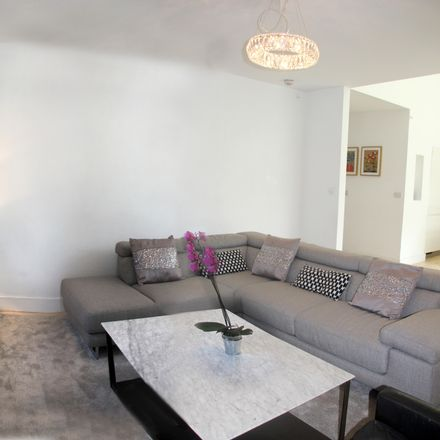 Rent this 3 bed room on 36B Chapelizod Hill Rd in Chapelizod, Dublin 20