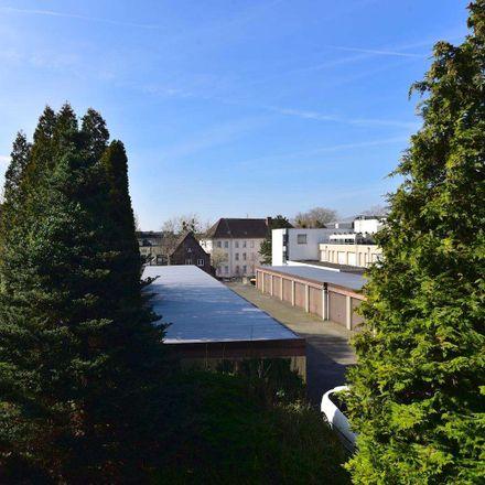 Rent this 2 bed apartment on Leverkusen in Opladen, DE