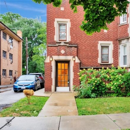 Rent this 2 bed condo on 10431-10433 South Hale Avenue in Chicago, IL 60643