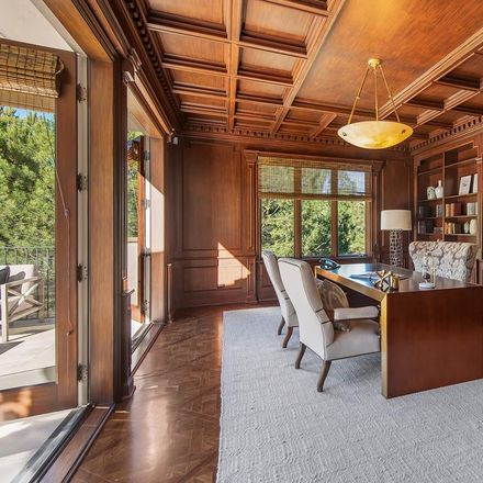 Rent this 6 bed house on 980 Stradella Road in Los Angeles, CA 90077