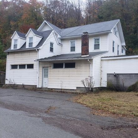 Rent this 3 bed house on Somerset Pike in Hollsopple, PA