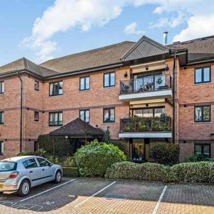 Rent this 2 bed apartment on Pardes House Primary School in Hendon Lane, London N3 1RT