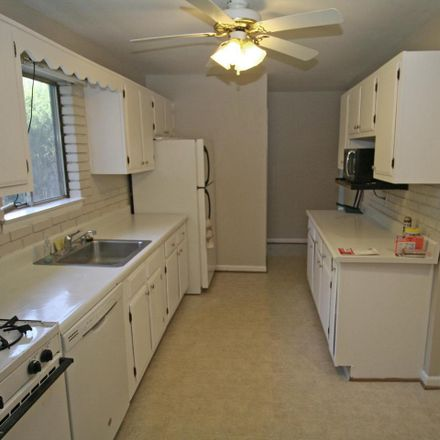 Rent this 4 bed house on 18913 Abbotsford Circle in Germantown, MD 20876