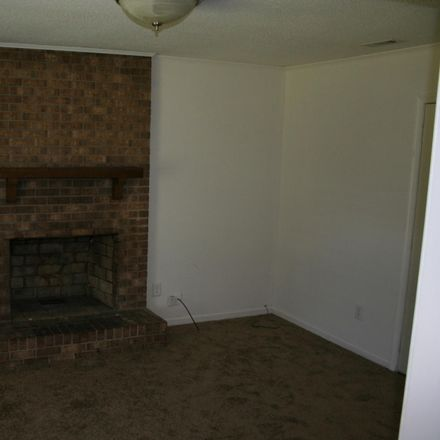 Rent this 3 bed house on 409 Greenbriar Drive in Jacksonville, NC 28546