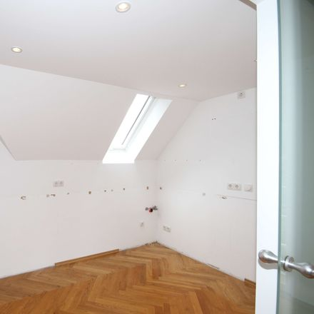 Rent this 6 bed apartment on Schorlemmerstraße 2B in 04155 Leipzig, Germany