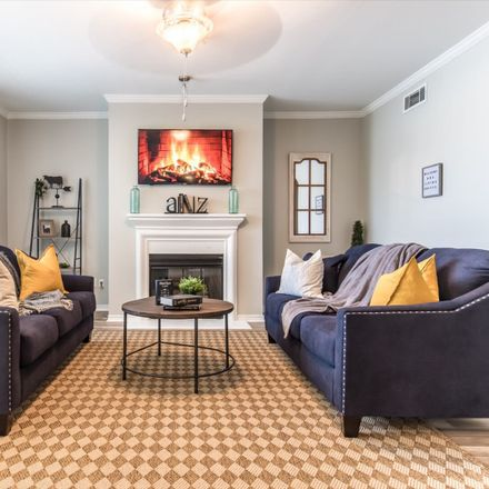 Rent this 2 bed apartment on State Street in Dallas, TX