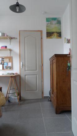 Rent this 3 bed room on Rue Sainte Dorothée in 7000 Mons, Belgium