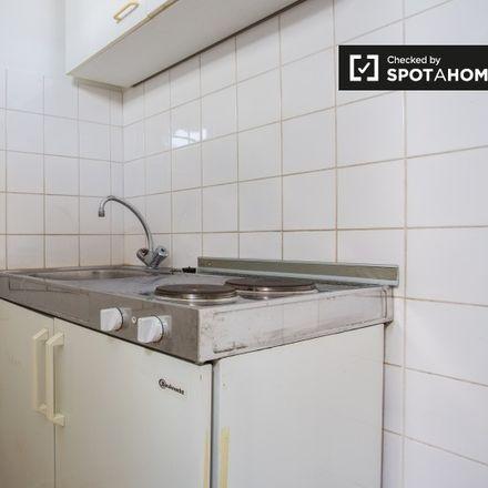 Rent this 0 bed apartment on Rue de Suisse - Zwitserlandstraat 29 in 1060 Saint-Gilles - Sint-Gillis, Belgium