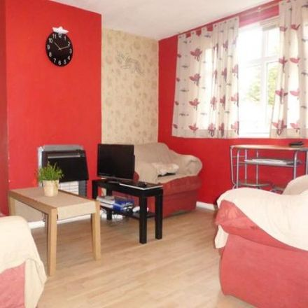 Rent this 1 bed apartment on 175;177;183 Sunderton Road in Brandwood End B14 6JN, United Kingdom
