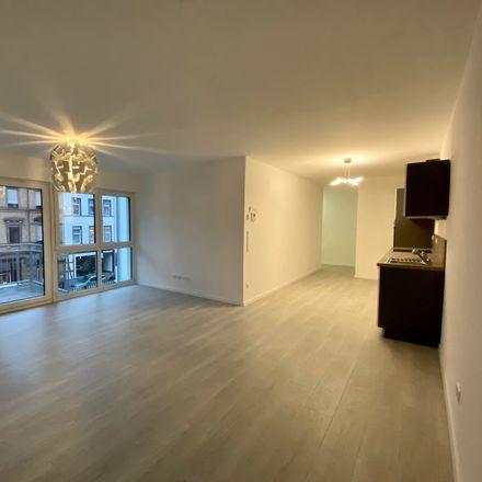 Rent this 3 bed apartment on Stadtschloss Wiesbaden in Schloßplatz, 65183 Wiesbaden