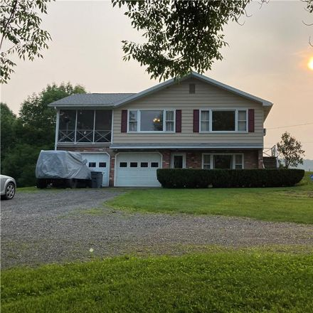 Rent this 4 bed house on 9540 Larson Road in Cassville, Town of Paris