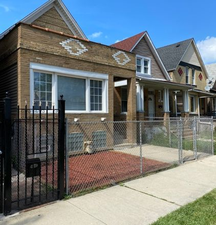Rent this 4 bed house on 3440 West Pierce Avenue in Chicago, IL 60651
