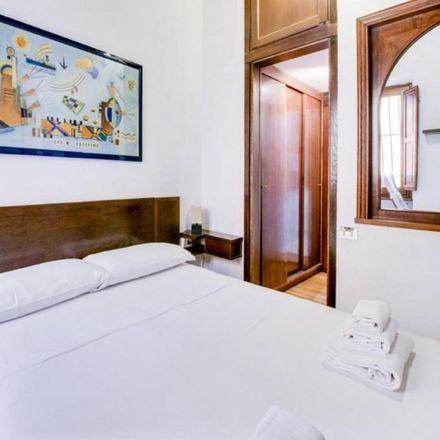 Rent this 2 bed apartment on Osteria del Sostegno in Via delle Colonnelle, 5
