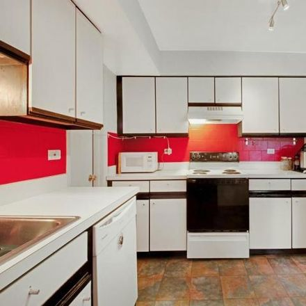 Rent this 1 bed condo on 2214 East Falcon Drive in Arlington Heights, IL