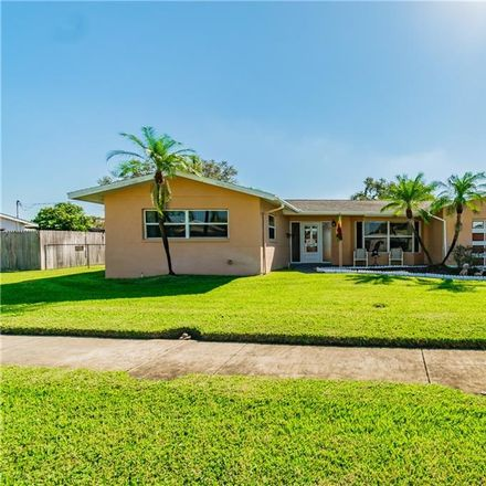 Rent this 2 bed house on 5976 33rd Avenue North in Saint Petersburg, FL 33710