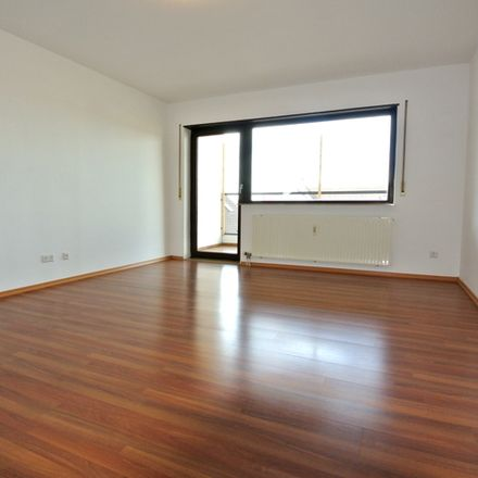 Rent this 3 bed apartment on 68782 Brühl