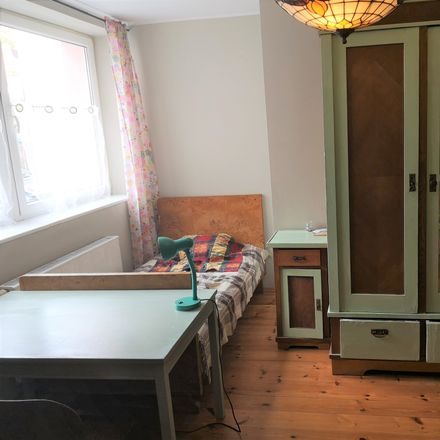 Rent this 9 bed room on Różana 4 in 80-837 Gdansk, Poland