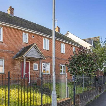Rent this 3 bed house on Tidworth Road in Ludgershall SP11 9FJ, United Kingdom