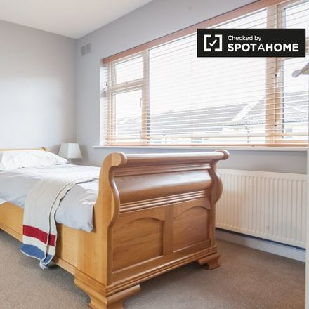 Rent this 3 bed apartment on 45 Leopardstown Park in Tipperstown, Dublin 18