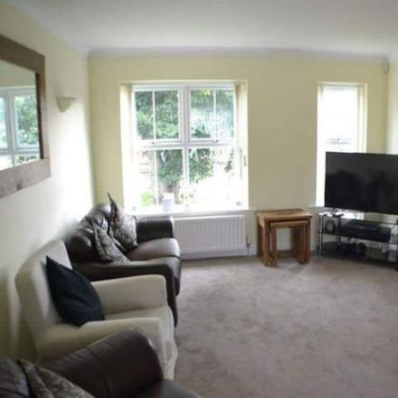 Rent this 2 bed apartment on Stephenson Close in Thatcham RG18 3GD, United Kingdom