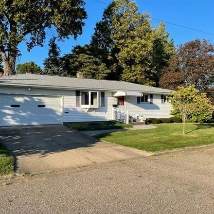 Rent this 3 bed house on 321 Liberty Street in Dover, OH 44622