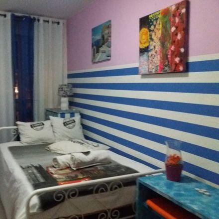 Rent this 4 bed room on R. de São Lázaro 169 in 1150-241 Lisboa, Portugal