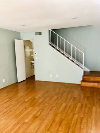 Rent this 2 bed condo on 1184 Landsburn Circle in Thousand Oaks, CA 91361