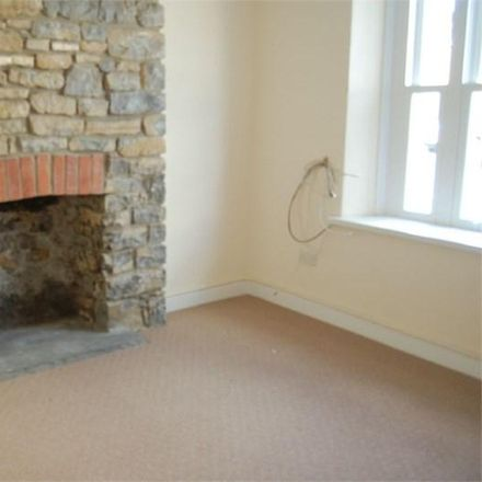 Rent this 3 bed house on Croft Street in Cowbridge CF71 7DH, United Kingdom
