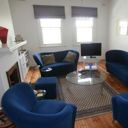 Rent this 2 bed apartment on 1/40-42 Marne Street