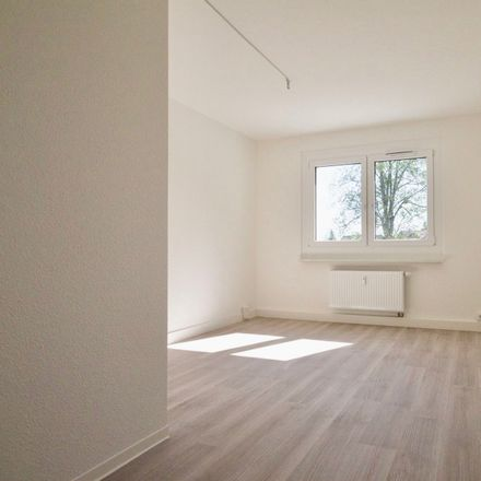 Rent this 3 bed apartment on Am Sachsenhof 2C in 01774 Klingenberg, Germany